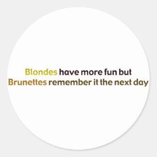 Brunettes BlondesBumperStik Round Stickers