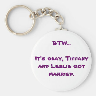 BTW Tiffany y Leslie Llavero Redondo Tipo Pin