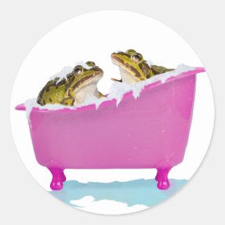Bubble bath for pet frogs classic round sticker