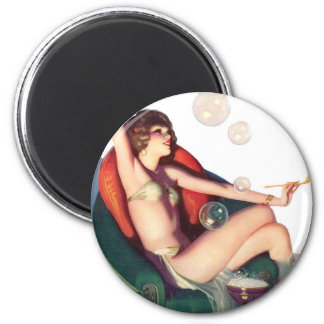 Bubbles with a Classic Pin-up Magnet