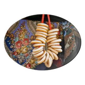 Bubliki y mantones ucranianos badeja de porcelana