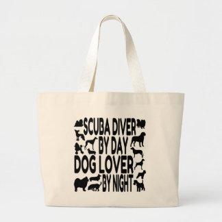 Buceador del amante del perro bolsas