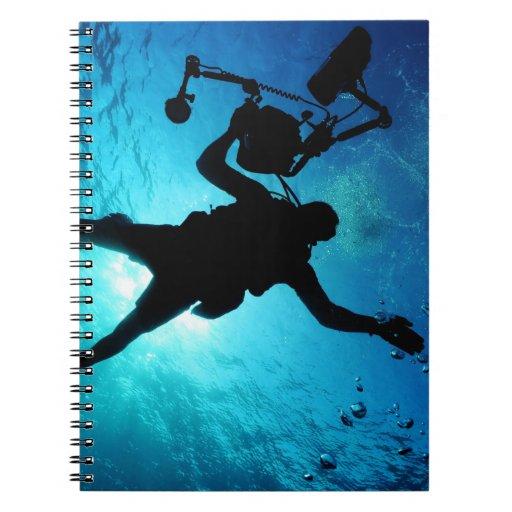 Buceador subacuático libros de apuntes con espiral