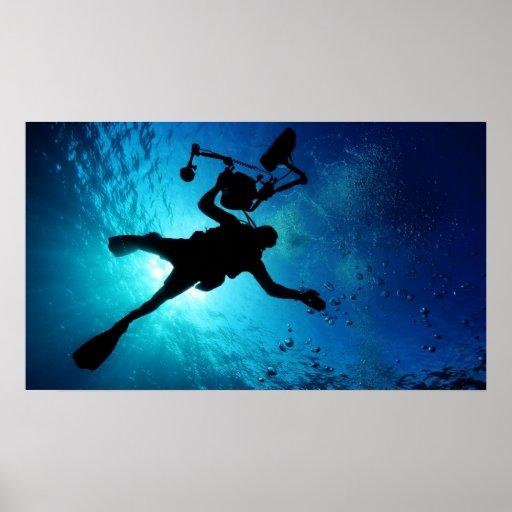 Buceador subacuático posters