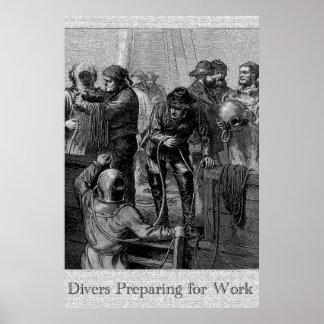 Buceadores que se preparan para el poster del trab