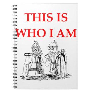 buceo con escafandra notebook