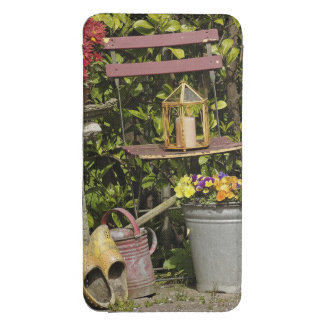 Buckets, shoes, and flowers, Zaanse Schans, Galaxy S4 Pouch