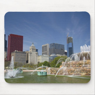 Buckingham Fountain located in Grant Park, 2 Mouse Pad