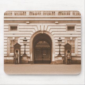 Buckingham Palace Guards - London Mousepad