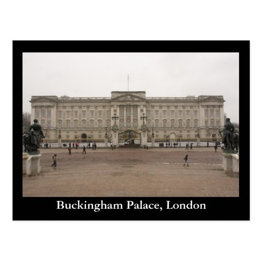 how to get to buckingham palace by train