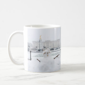 Buckingham Palace snowman London Coffee Mug