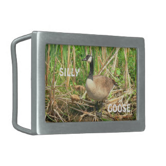 """BUCKLE,""""SILLY GOOSE"""" GOOSE  IN WOODED AREA BELT BUCKLE"""