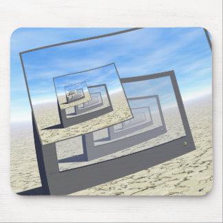 Bucle infinito de los monitores surrealistas tapete de ratones