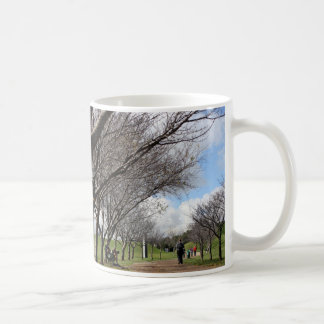 Bucolic cup