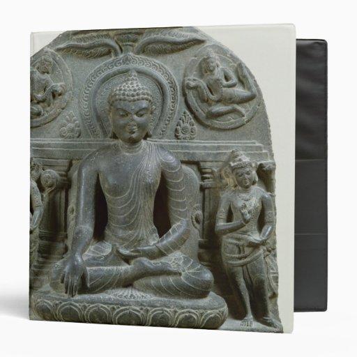 Buda asentado en la meditación