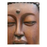 Buda de madera hace frente tarjeta postal