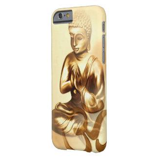 Buda de oro con OM Funda De iPhone 6 Barely There