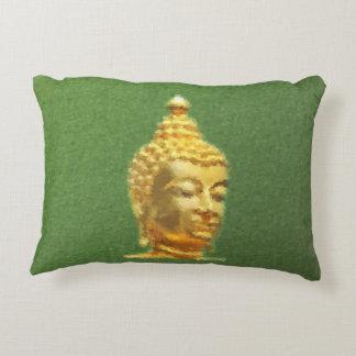 Buda de oro pintado en verde cojín decorativo