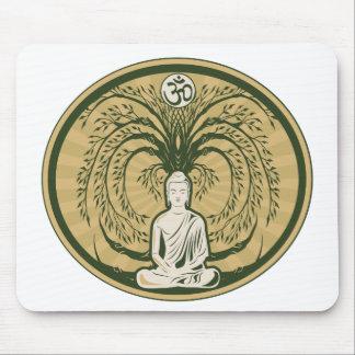 Buda debajo del árbol de Bodhi Tapete De Ratón