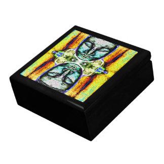 """Buda dirige"" la caja psicodélica del escondite de Joyero Cuadrado Grande"