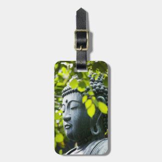 Buda en jardín del templo de Senso-ji Etiquetas Para Equipaje