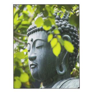 Buda en jardín del templo de Senso-ji Impresión En Madera