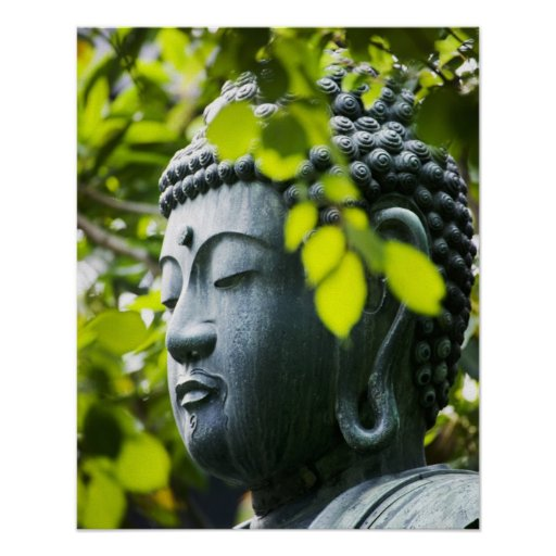 Buda en jardín del templo de Senso-ji Póster