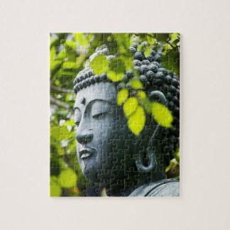 Buda en jardín del templo de Senso-ji Puzzle Con Fotos