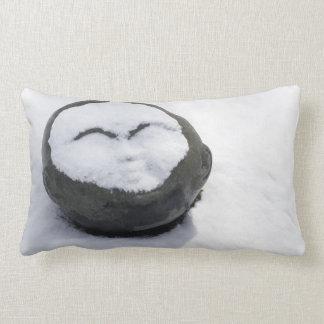 Buda feliz con el Facial de la nieve Cojin