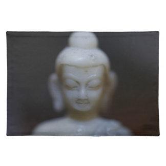 Buda Mantel
