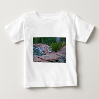 Buda meditating by the stream baby T-Shirt