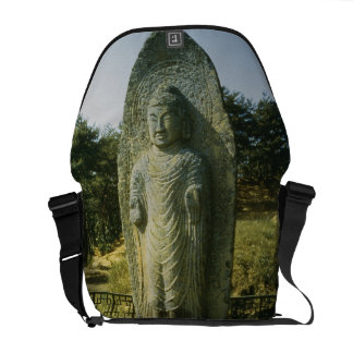 Buda permanente en Ch'olch'on-ni, Naju, 10mo centu Bolsa Messenger