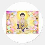 Buda rodeó por las flores etiquetas redondas