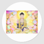 Buda rodeó por las flores pegatina redonda