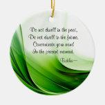 Buda sabio cita el ornamento abstracto del navidad ornamento de navidad