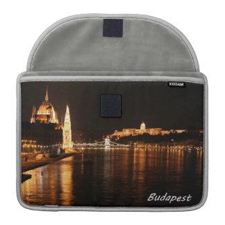 Budapest en la noche funda macbook pro