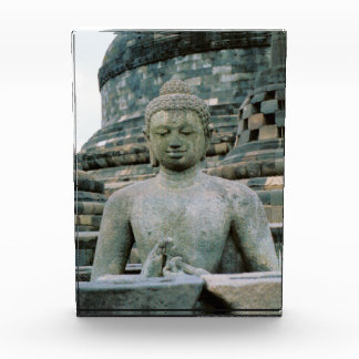 Buddha Award
