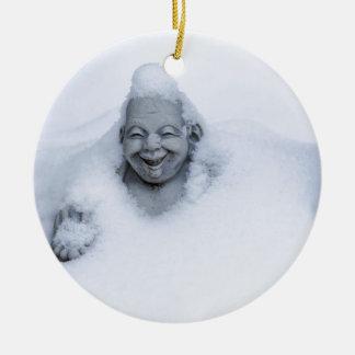 buddhainsnow.jpg adorno navideño redondo de cerámica