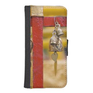 Buddhist Bells at Doi Suthep Temple iPhone SE/5/5s Wallet