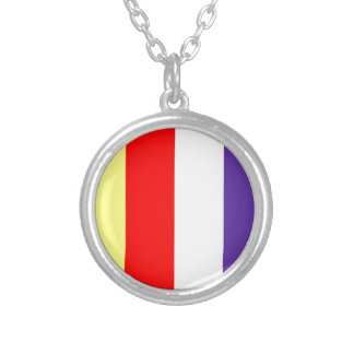 budista-bandera collar plateado