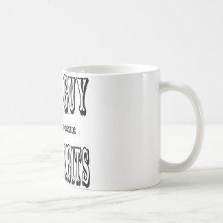 Buen chico con algunos malos hábitos taza de café