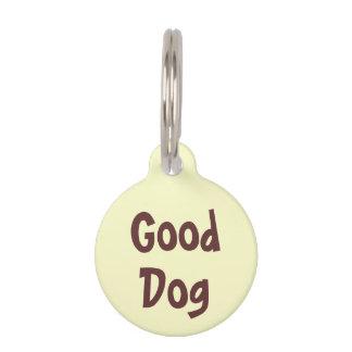 Buen perro Brown en etiqueta amarilla clara del Identificador Para Mascota