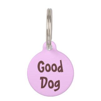 Buen perro Brown en etiqueta rosa clara del nombre Placas De Mascota