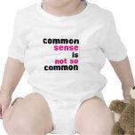 Buen sentido (blanco) traje de bebé