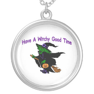 Buen tiempo Halloween de Witchy Collar Plateado
