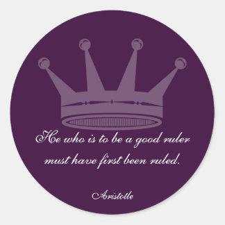 Buena cita de la regla - pegatinas de Aristóteles Pegatina Redonda