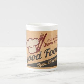 Buena comida taza de porcelana