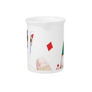 Buena mano del póker jarras de beber