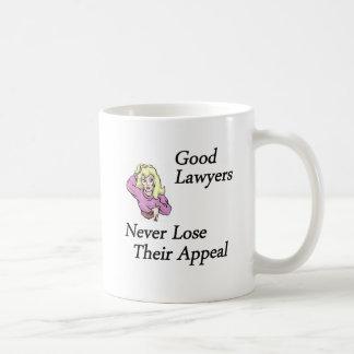 buena mujer de los abogados taza