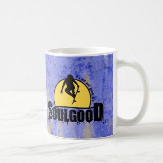 Buena taza de café del monopatín del alma